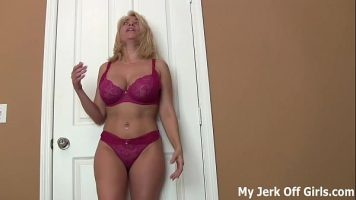 Femeie blonda penetrata doar anal cum ea prefera sa o faca