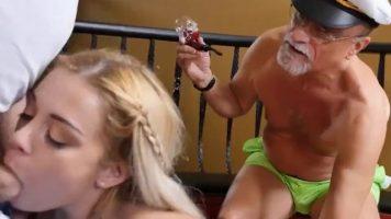 Filme porno cu bărbați batrani