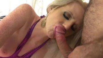 actrite porno care se relaxeaza impreuna cu sotii lor