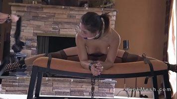 Femeia draguta vrea mai mult decat o partida de sex