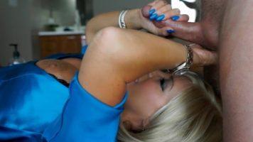 Femei carora le place mult sa faca muie